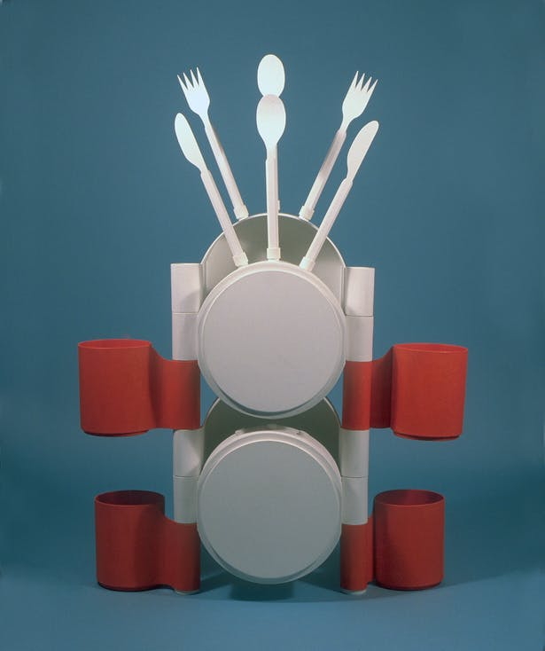 Merging tableware and sculpture!