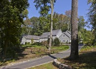 Centre Island Home