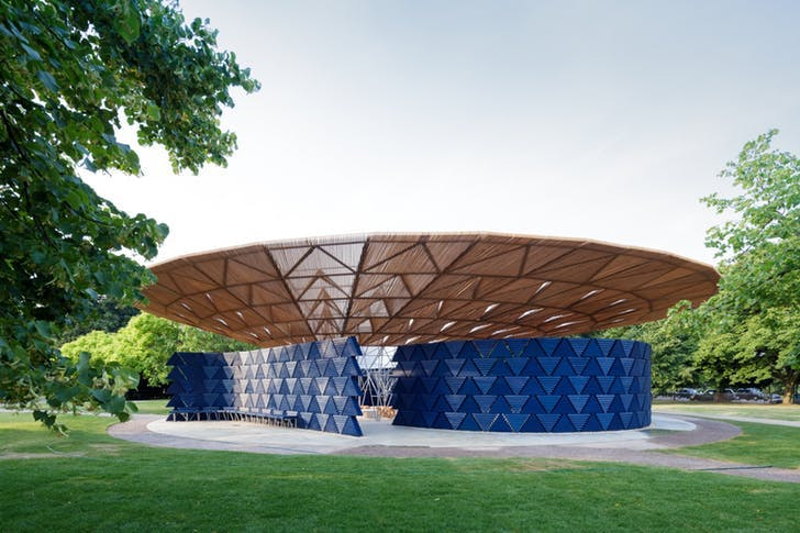 Serpentine Pavilion 2017, designed by Francis Kéré. Serpentine Gallery, London (23 June – 19 November 2017) © Kéré Architecture, Photography © 2017 Iwan Baan