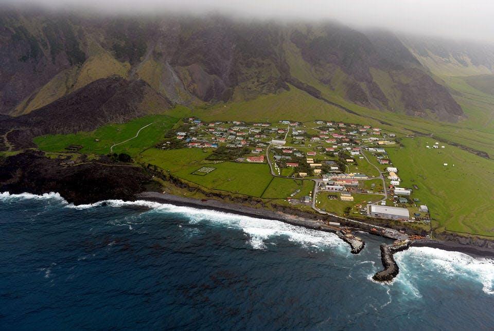 Картинки по запросу Tristan da Cunha