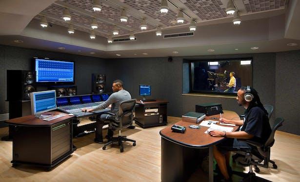 3 of 6/ Studio