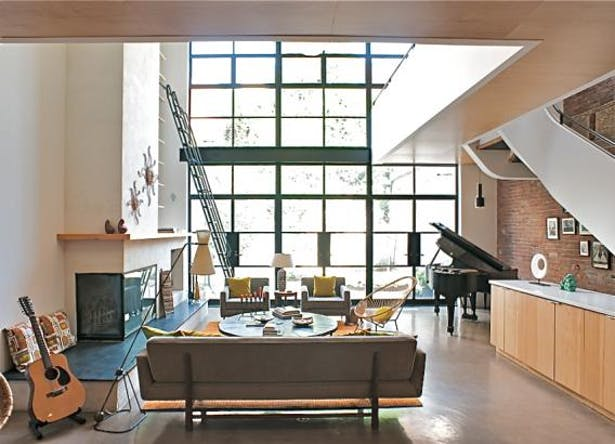 Living Room / Rear Yard