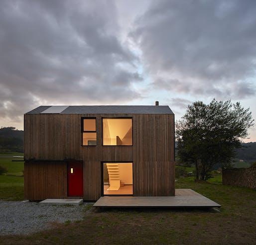 bhome System in Asturias, Spain by [baragaño] Architects. Photo: Mariela Apollonio.