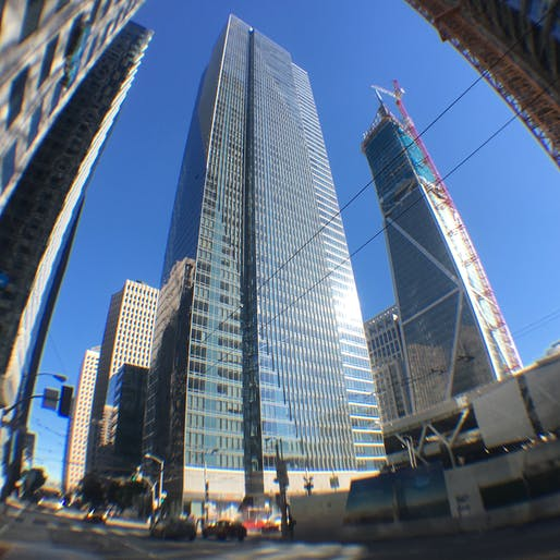 San Francisco's leaning Millennium Tower in 2017. Image: Victor Grigas/Wikimedia Commons.