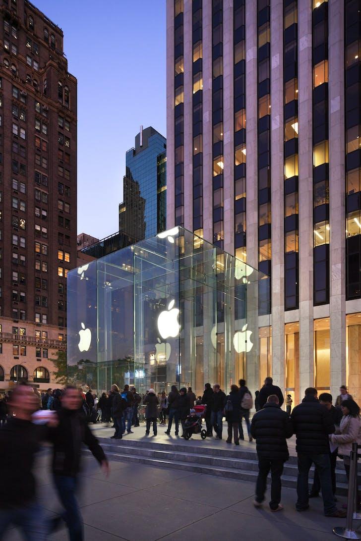 Apple Store, Fifth Ave. Photo: Peter Aaron, Esto