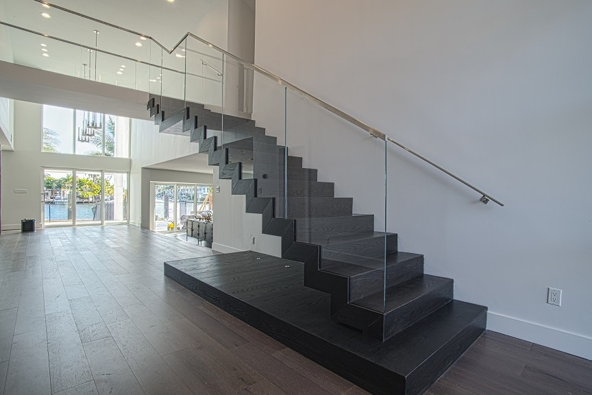Have You Ever Wondered How Some Stair Designs Can Create The Illusion Of A Floating  Staircase? Well, These Type Of Staircase Designs Are Called Cantilevered ...