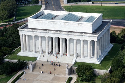 Aerial view of the Lincoln Memorial in Washington, D.C. Image © Carol M. Highsmith, Wikimedia Commons