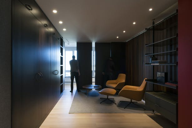 Lounge - Closed 02