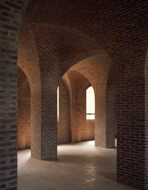 Cross vaults © Chen Hao