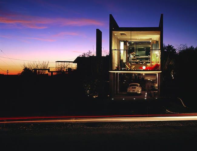 Burnette Residence in Phoenix, AZ by Wendell Burnette Architects; Photo: Bill Timmerman photographs