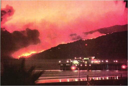 1993 Topanga wildfire, as seen from Santa Monica Beach.