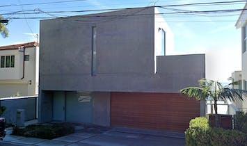 Kanye West buys $57.3 million Tadao Ando-designed Malibu home