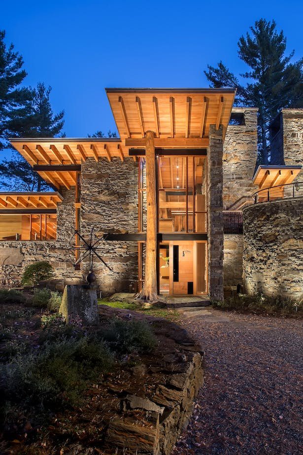 House in the Berkshires with Quantum Windows & Doors