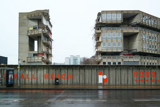 Oliver Wainwright, Robin Hood Gardens, London, UK, Alison and Peter Smithson (1972).
