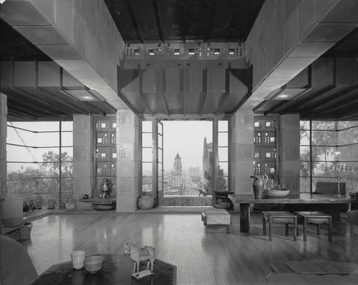 Freeman (Samuel) House, 1953. Photo: Julius Shulman. © J. Paul Getty Trust. Getty Research Institute, Los Angeles (2004.R.10)