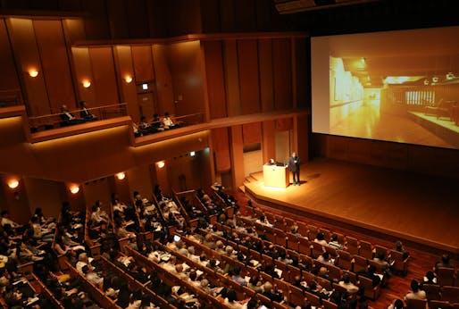 inaugural lecture by shigeru ban