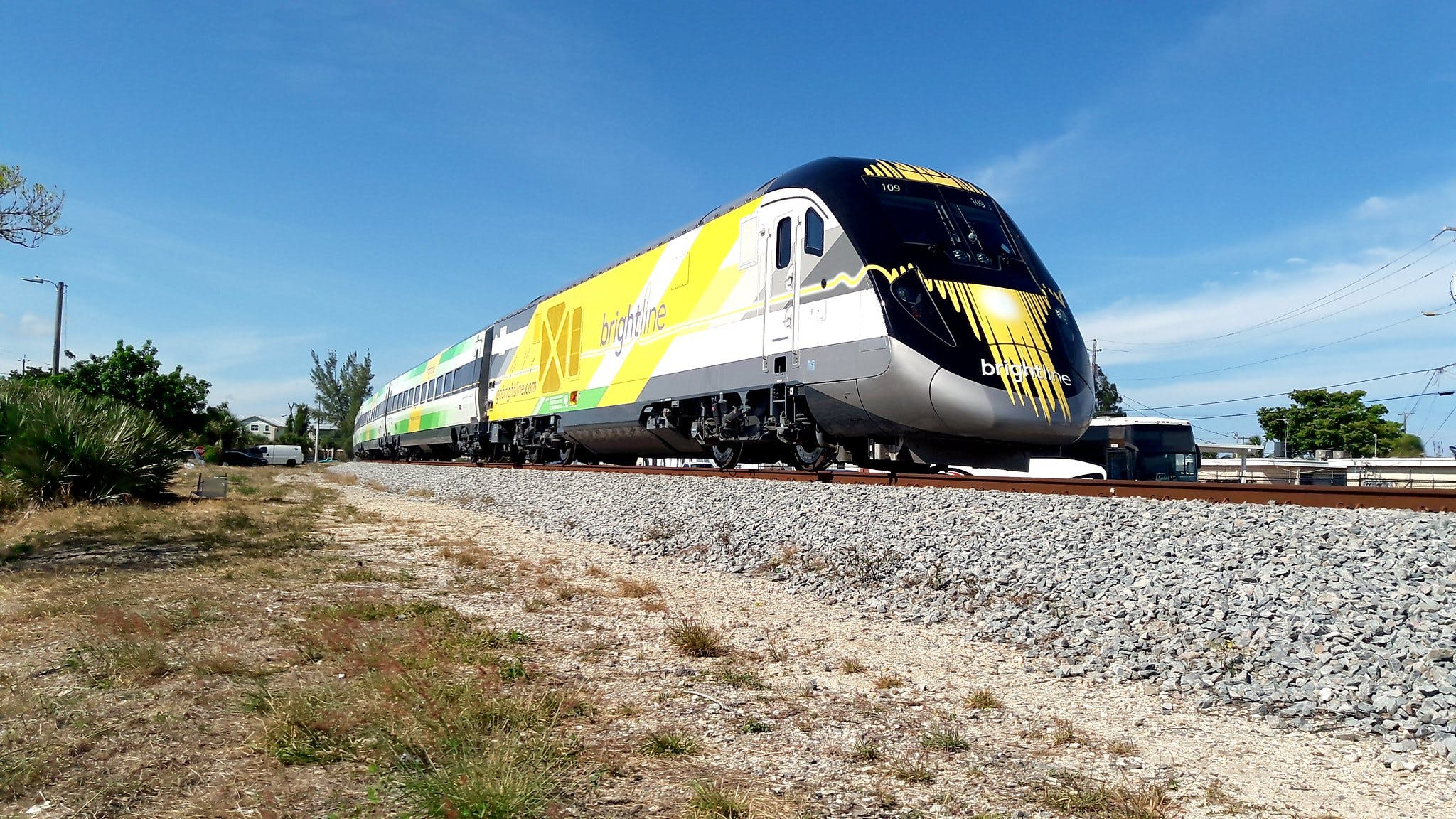 Construction on high-speed rail line linking Los Angeles and