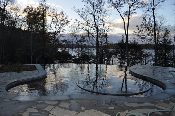 A reflection on the pool and lake