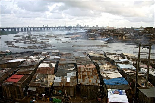 1,000 people live around this Lagos dump