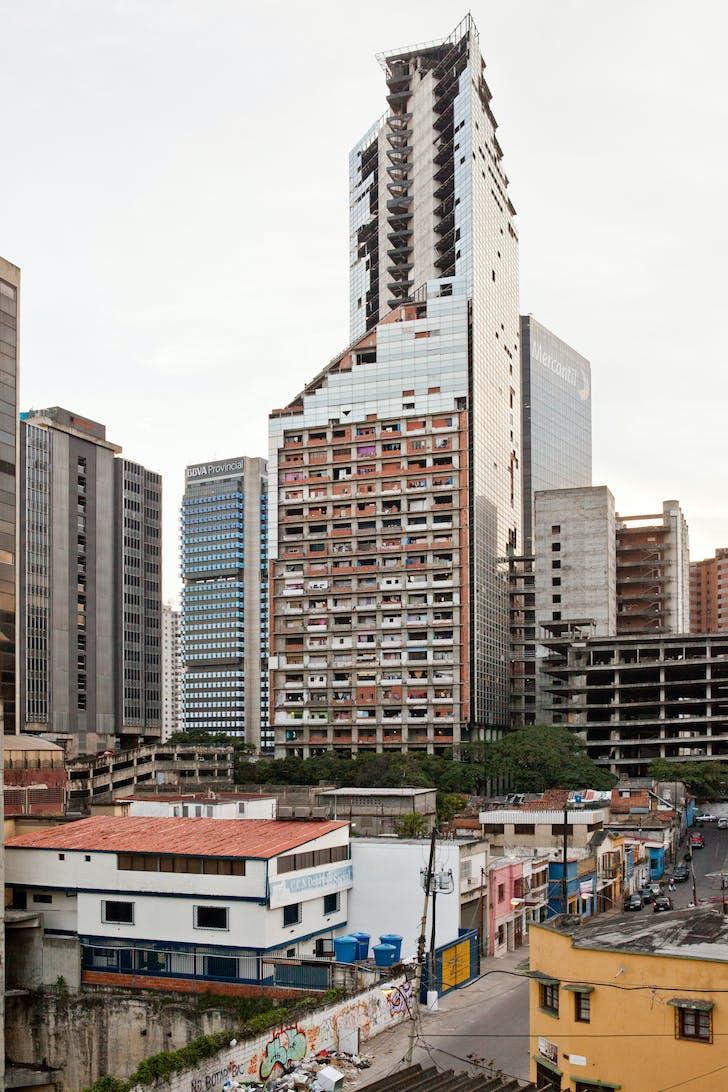 Caracas' Torre David. Credit U-TT / Daniel Schwartz.