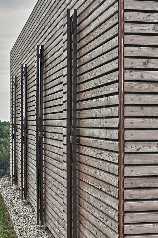 Summer House in Austria by Judith Benzer Architektur Facade detail (Photo- Martin Weiß)