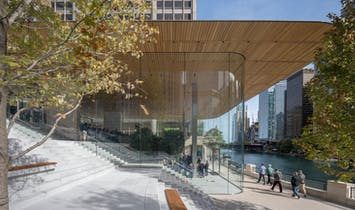 "Apple's Latest Offering is a Wood, Metal and Glass ""Town Square"", Designed by Foster + Partners"