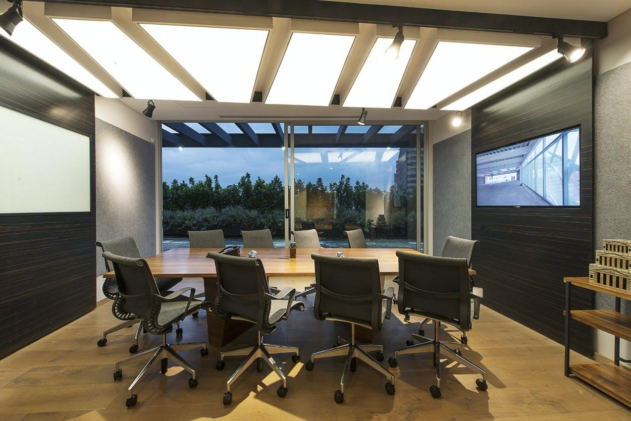 Oficinas paseo castelar hansi arquitectura archinect for Arquitectura de oficinas