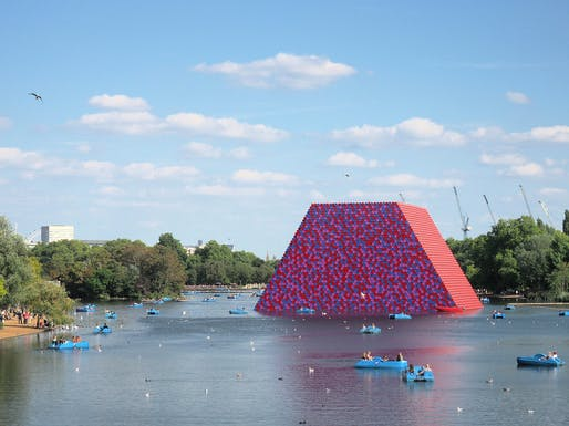 "A September 2018 photo of Christo's ""London Mastaba"" installation floating in Serpentine Lake, Hyde Park, London. Photo: Dmitry Dzhus/Flickr"