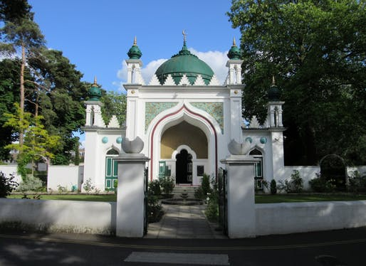 Shah Jahan Mosque, located in Woking, ENG. Image: WikiCommons.