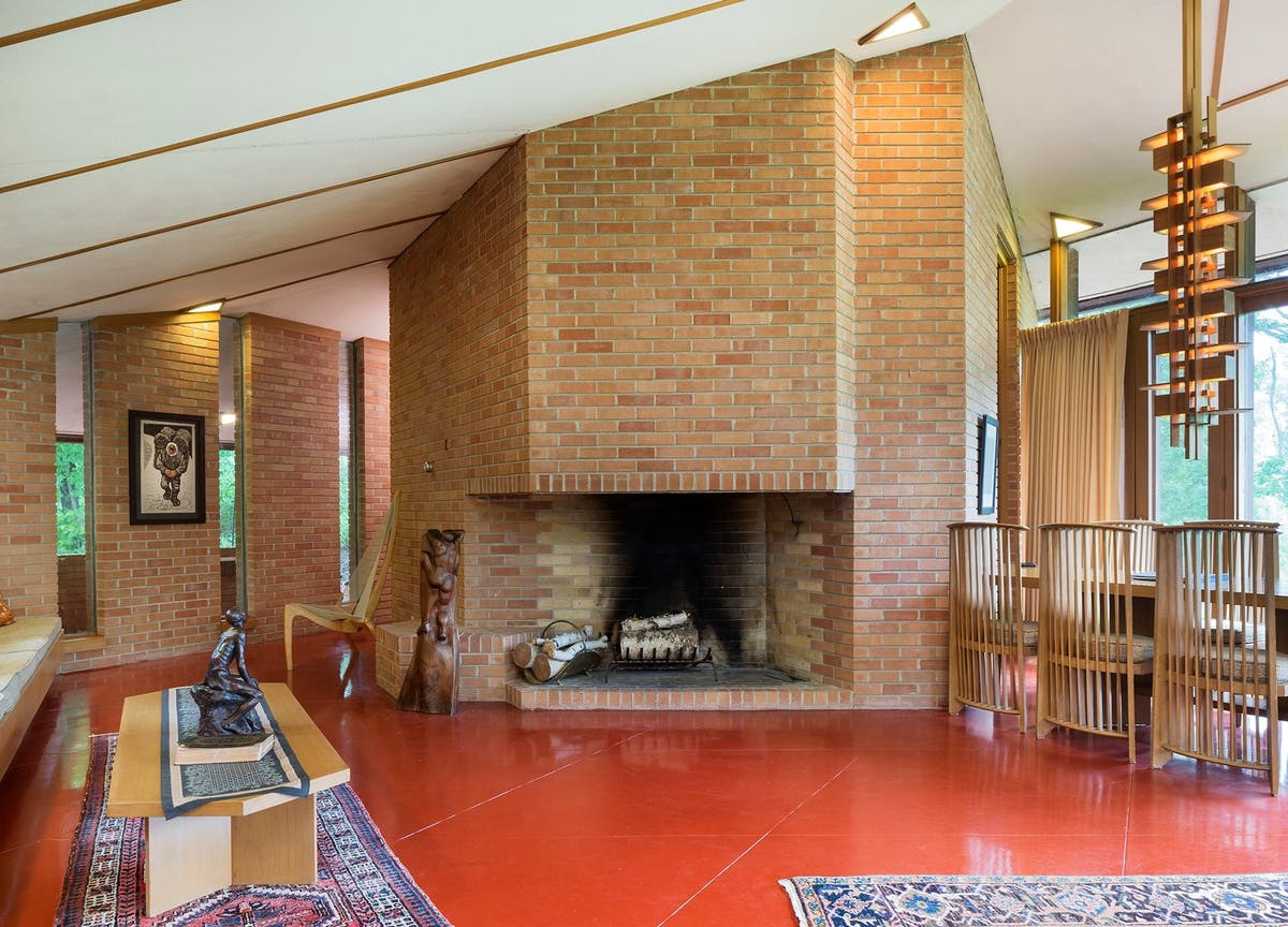 A 1960 frank lloyd wright home near minneapolis is now for - Frank lloyd wright homes for sale ...