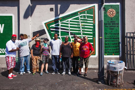 General Jeff and artists with the new mural (Photo by Stephen Zeigler). Image via laist.com.