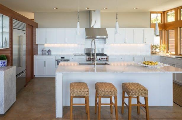 Seaview Escape kitchen