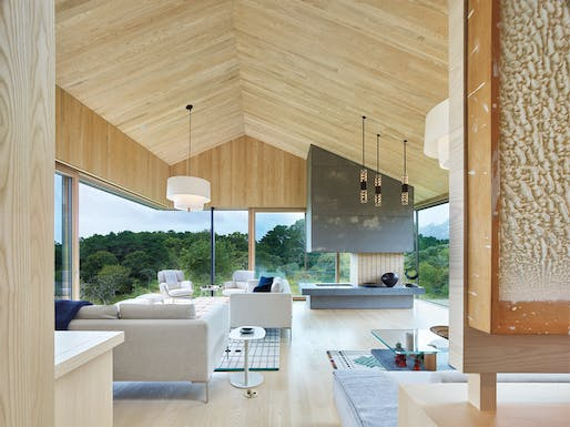Chilmark House by Schiller Projects in collaboration with Gray Organschi Architecture.