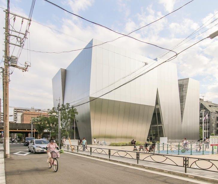 @krisprovoost Daily Life at Sejima's Hokusai Museum in Tokyo #tokyo #hokusai #architecture #sejima