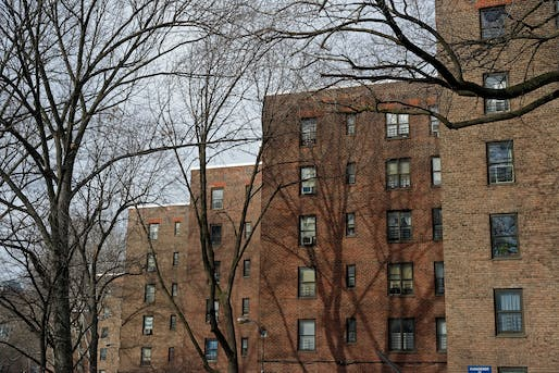 View of the Ingersoll Houses in Fort Green, Brooklyn. Image courtesy of Flickr user cisc1970.