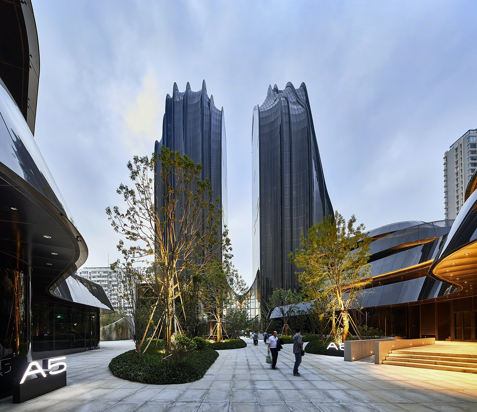 """MAD completes Chaoyang Park Plaza, dubbed as """"Beijing's Central Park"""""""