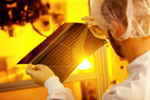 Ultra-thin solar films offer a variety of new applications. Photo: Tim Deussen.