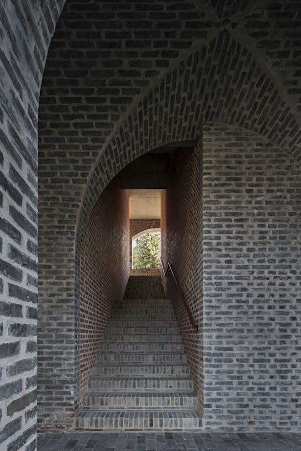 Stairs north corridor © Su Shengliang