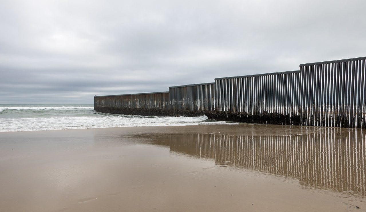 Transparent Border Wall Trump Selects Firms To Build