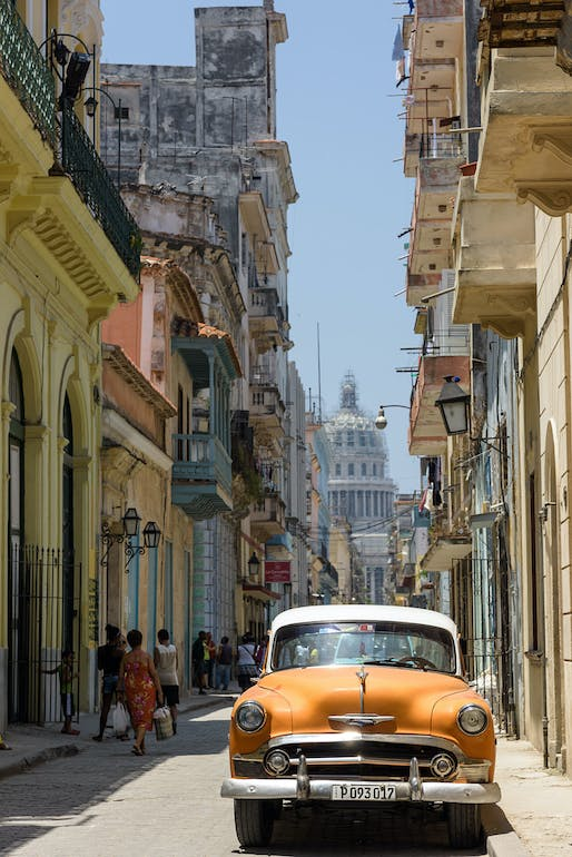 The Guardian's Oliver Wainwright writes that Havana's real estate micro-capitalism 'won't be micro for much longer.' (Photo: Christophe Meneboeuf/Wikipedia)