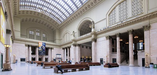 Chicago Union Station hall, image via wikimedia.org
