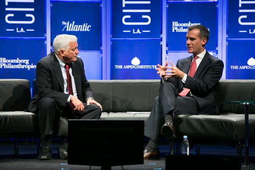 Walter Isaacson, president and CEO of The Aspen Institute, and Los Angeles Mayor Eric Garcetti at CityLab 2014. Melanie Leigh Wilbur/courtesy of CityLab, image via scpr.org.