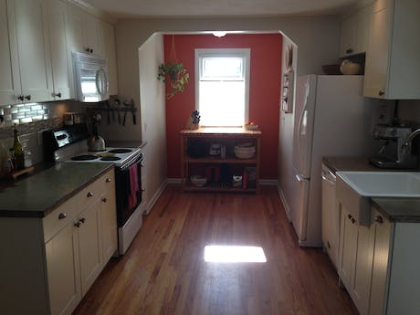 Northampton kitchen renovation w/concrete countertops