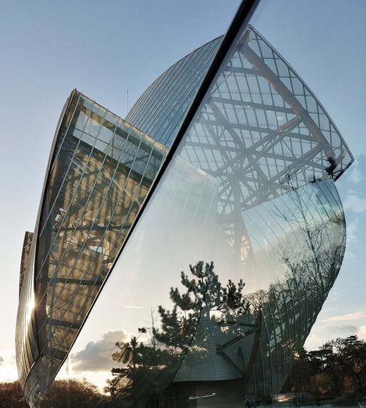 #MyFLV contest finalist image of Frank Gehry's Fondation Louis Vuitton Building, located in Paris, FR. Image: Roseline Diemer.