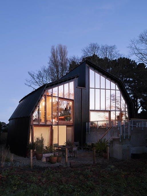 Houseboat by Mole Architects and Rebecca Granger Architects. Photo: Rory Gardiner.