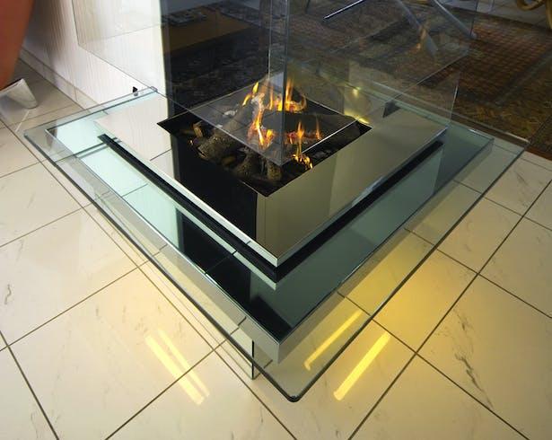Bloch Design fireplace 6