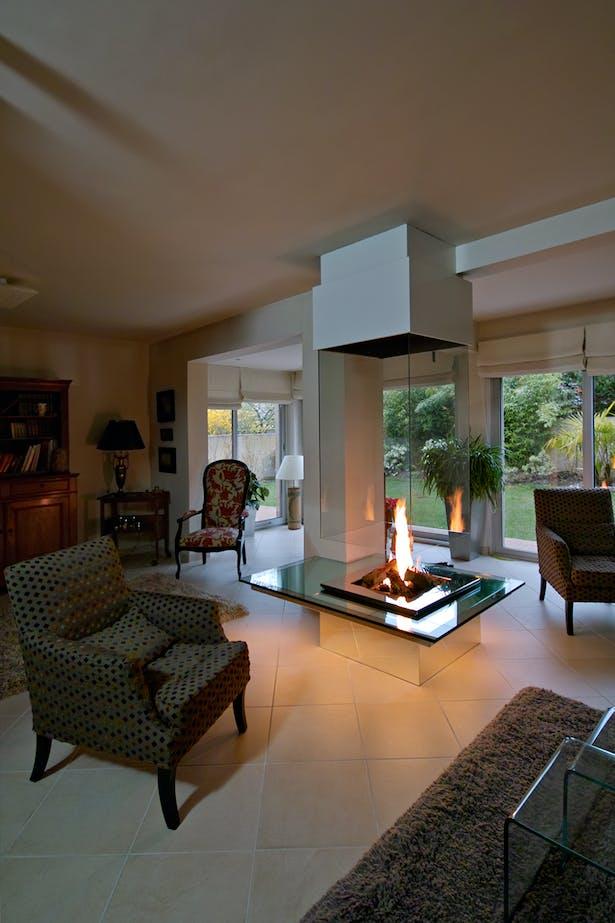 Bloch Design fireplace 5
