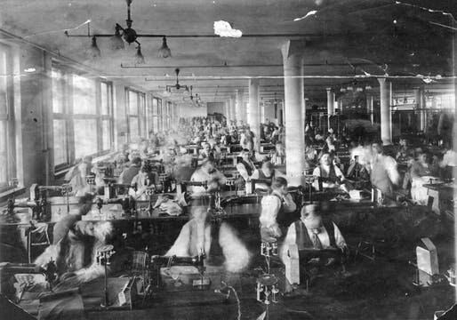 Remembering-the-Triangle-Shirtwaist-Fire (sweatshop-factory via toasteroven)