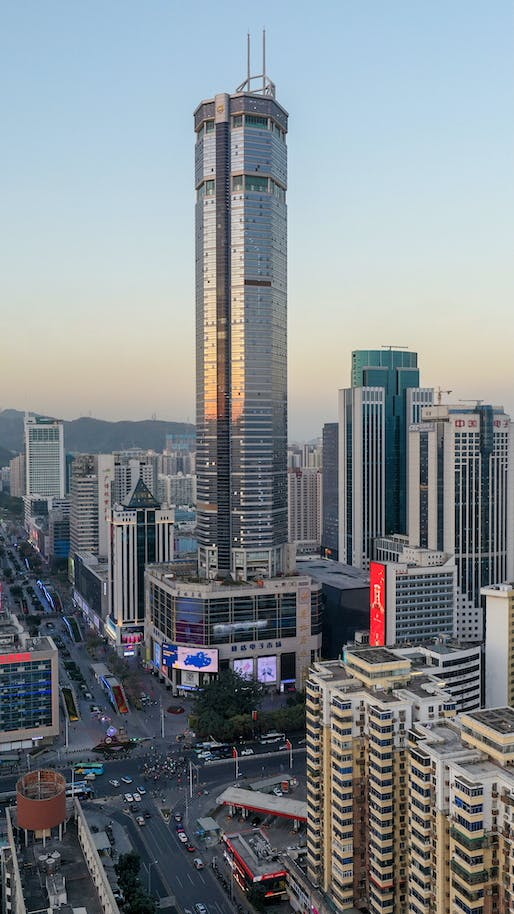 """SEG Plaza was evacuated after mysterious wobbling was felt. Photo: <a href=""""https://commons.wikimedia.org/wiki/File:SEG_Plaza_in_Shenzhen2021.jpg"""">Charlie Fong</a>"""