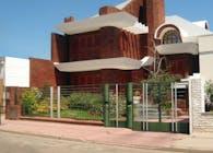 Saraceni House